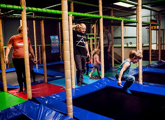 trampolin-i-højden